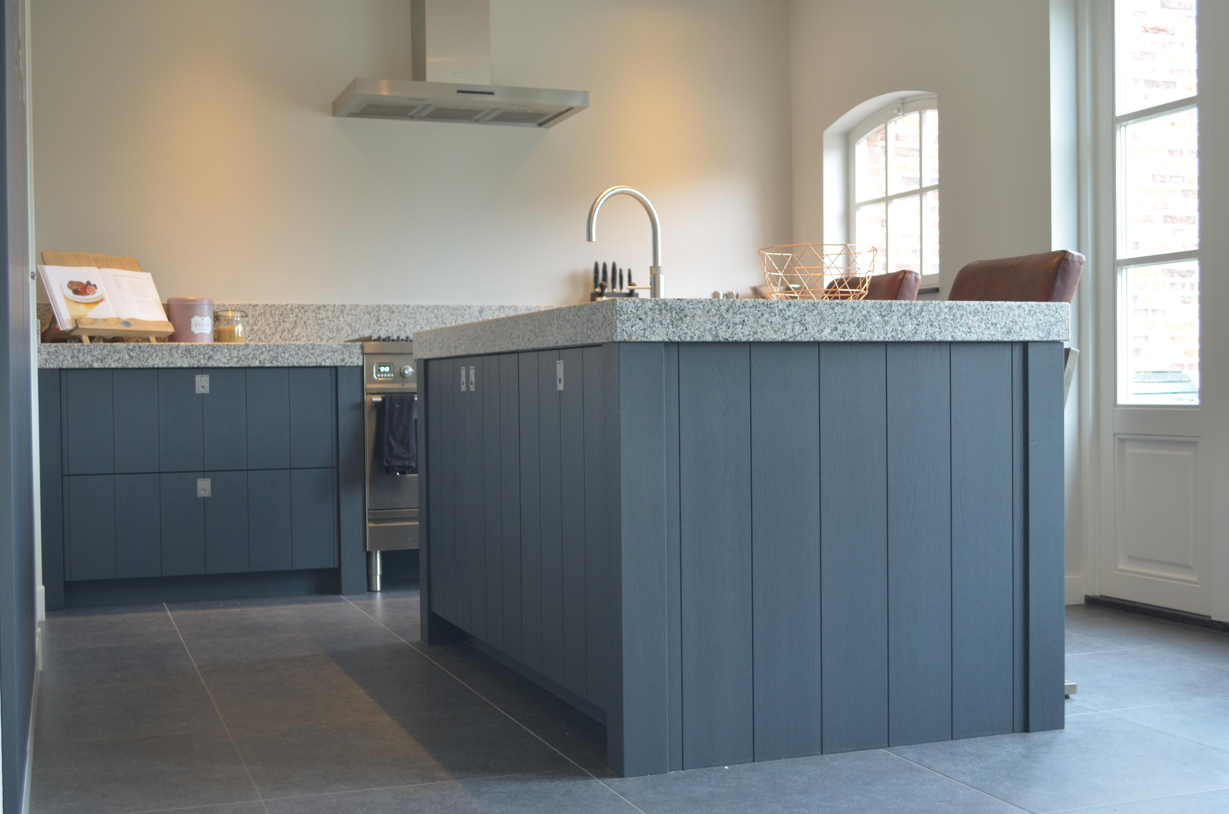 Eiken Keuken Grijs : Keuken landelijk grijs van Kaathoven Interieurbouw