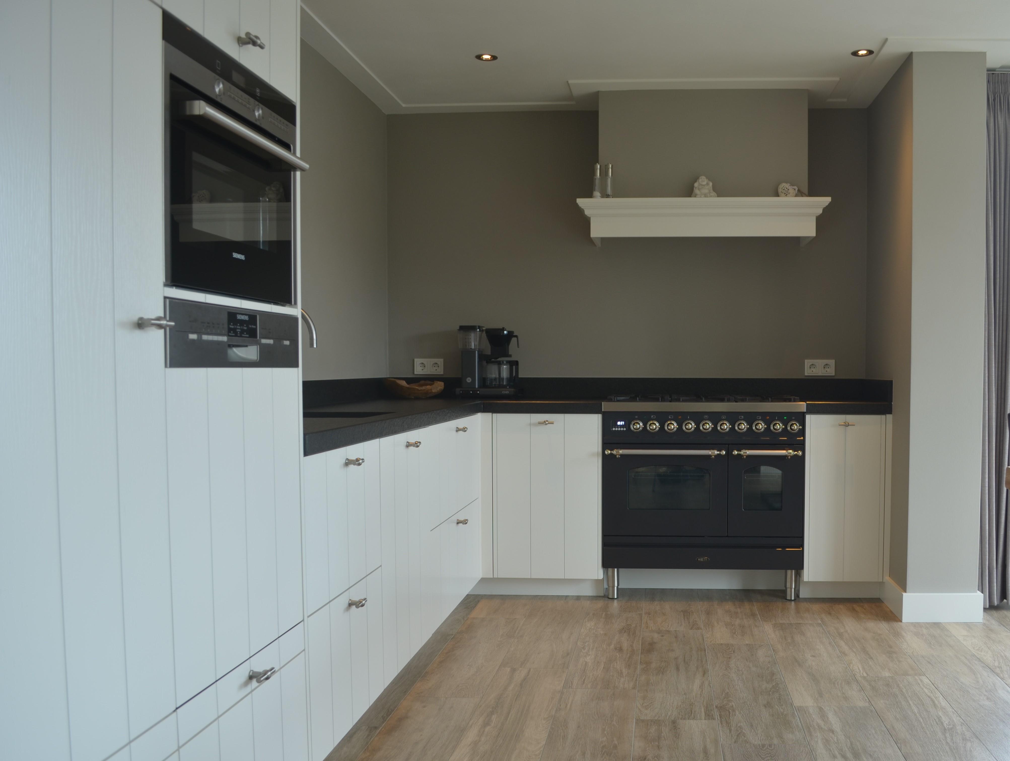 Keuken wit landelijk inspiratie het beste interieur for Horemans interieur